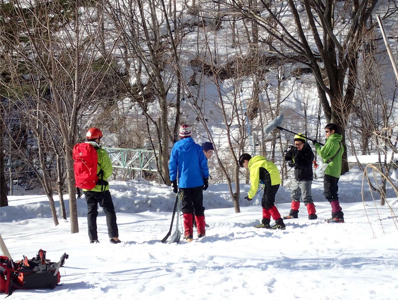 関東雪崩(71)