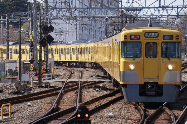 2018-03-06 西武2031F_2515F 急行西武新宿行き 2344レ