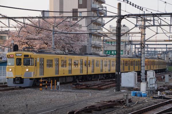 2018-03-26 西武2405F_2083F 急行西武新宿行き 2808レ