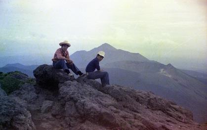 新燃岳山頂2