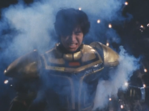 メタルヒーロー、ビーファイターカブトがやられてマスクオフ