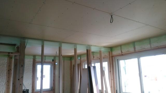 2階天井ボード貼 (2)