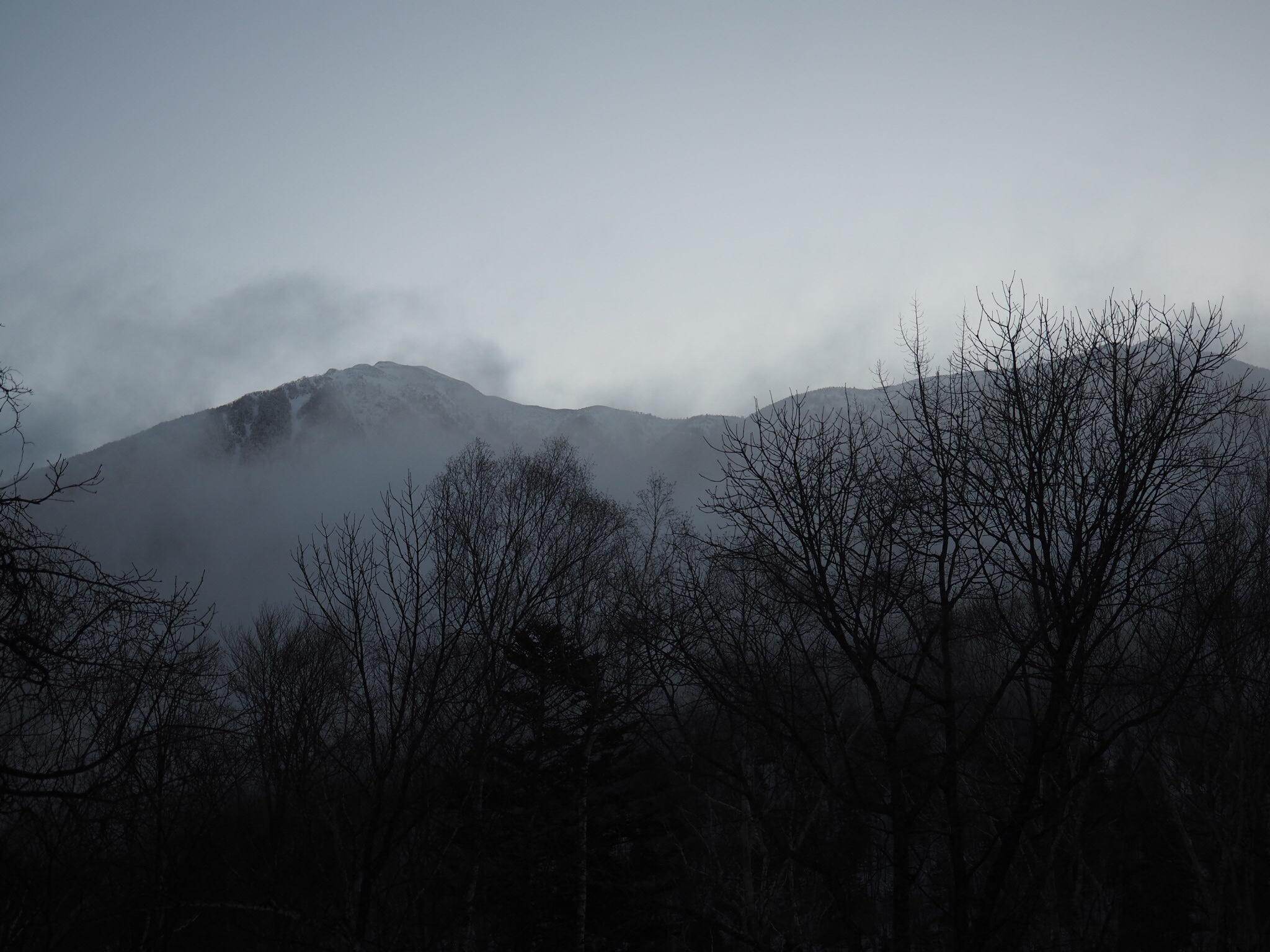 なり よう 山際 白く よう ゆく