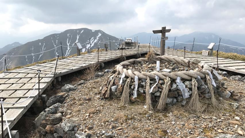 剣山、本年の初登り
