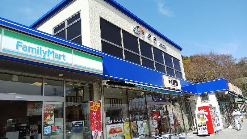 東名高速中井PA1803