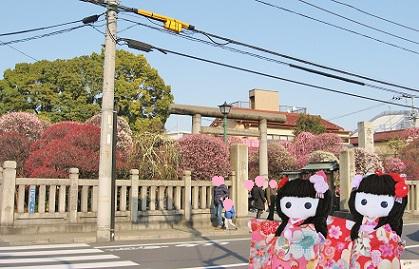 小村井の町にひっそり佇む香取神社です