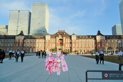東京駅の全体像は難しいです