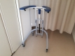 病室に置かれた歩行器