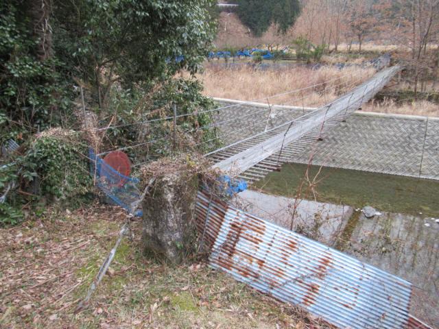 上板の吊橋3