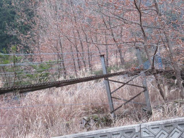 上板の吊橋0