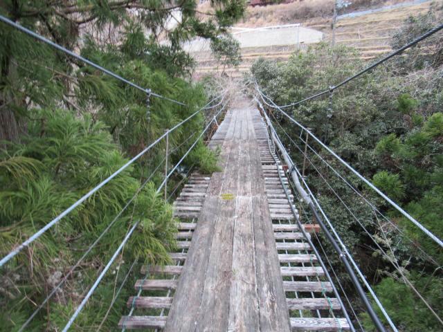 上小藪川の吊橋1-5