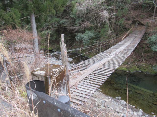 上小藪川の吊橋2-5