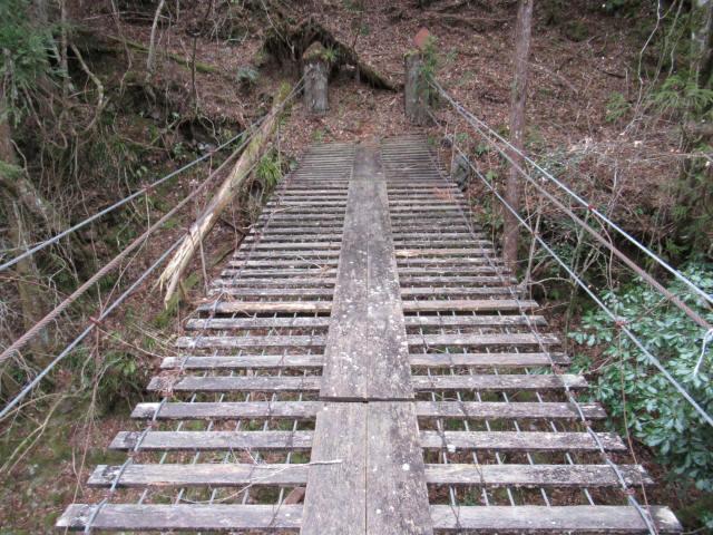 上小藪川の吊橋2-8