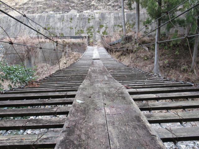 上小藪川の吊橋2-a