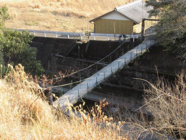 向垣内の吊橋1
