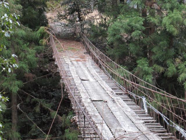 下小藪川の吊橋4