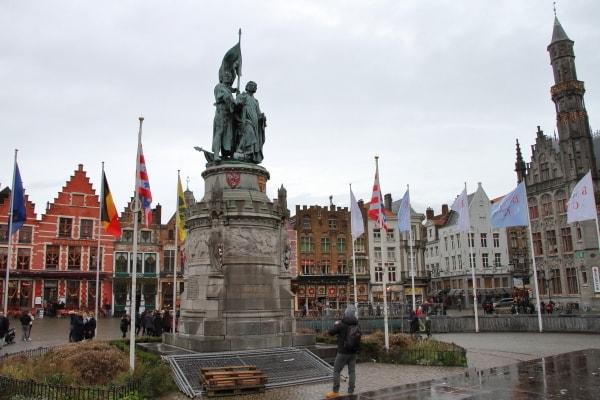Bruges_TheMarkt2.jpg