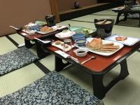 これが温泉宿の夕飯だよね180211