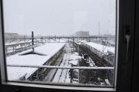 構内まで雪180211