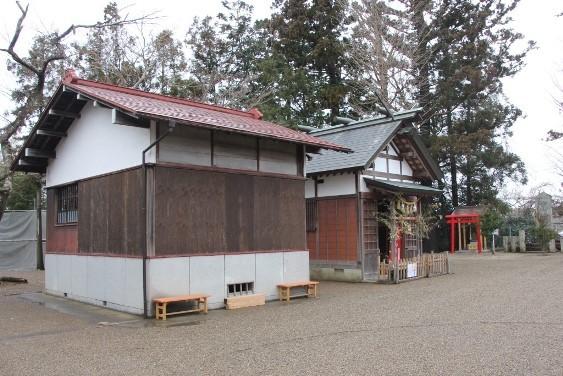 神楽殿・遥拝所・雷神社