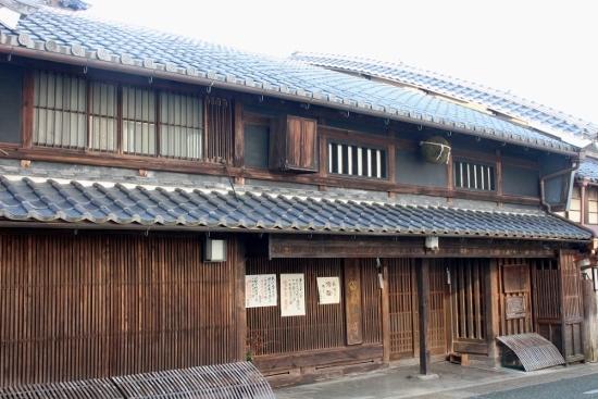 ⑪小坂酒造場 (550x367)