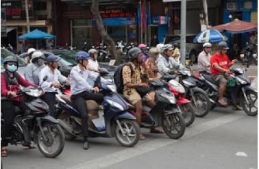 2018-3-3ベトナムのバイク
