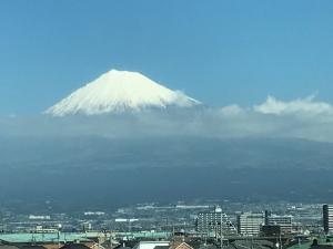 新幹線からの富士山20180319