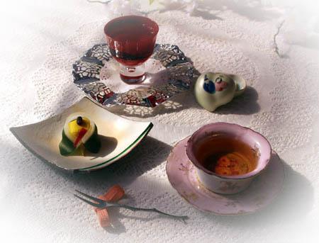 31お雛生菓子・ニルギリ・薔薇サイダ- のコピー