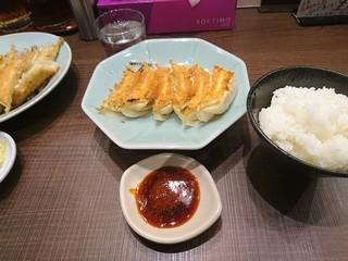 sみんみんの焼き餃子