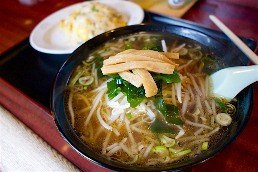味の一番@宇都宮市東峰町 半炒飯ラーメン