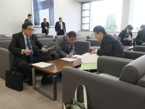 「正副委員長会議&小中学校統廃合会議」③