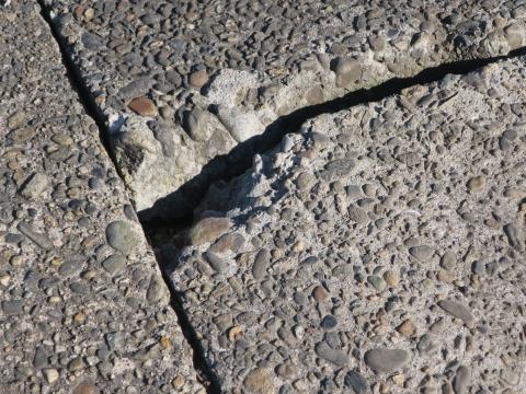 「北の谷・国分町地区歩道改修」④