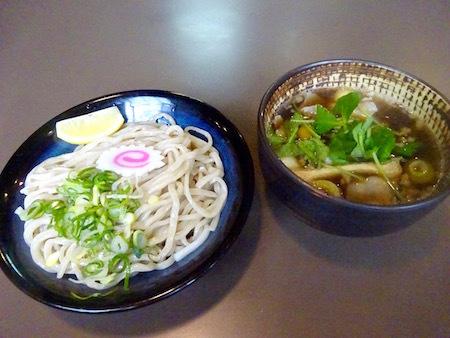 肉汁つけうどん@大成食品(株)直営ラーメン専門店麺彩房中野本店の定休日限定メニュー