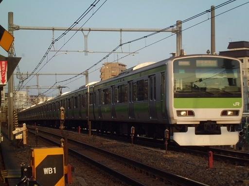 E231系トウ543編成