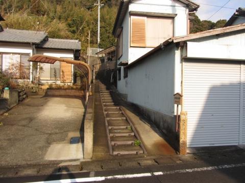 北条新三郎の墓入口