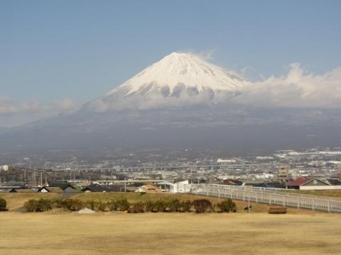 雁堤より富士山