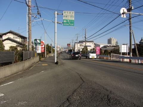 静岡県道396号(東海道) 富士市高島町