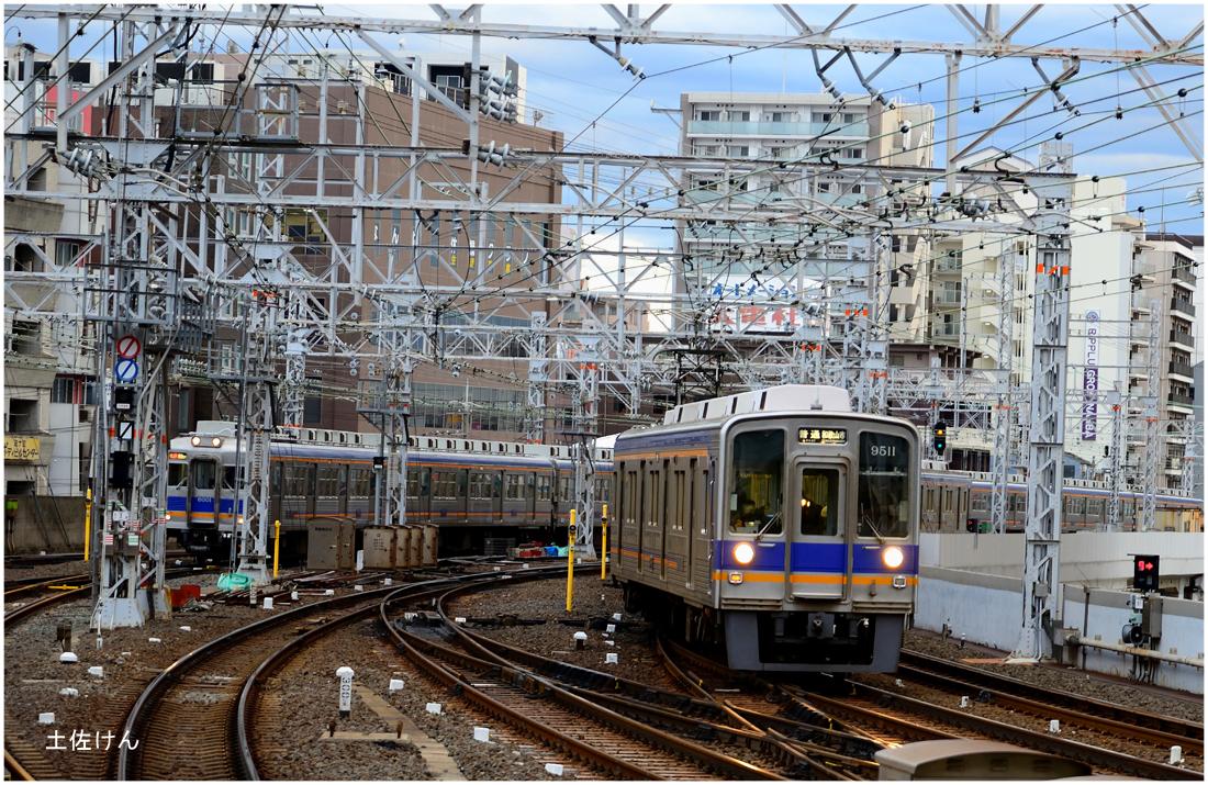 南海難波駅4