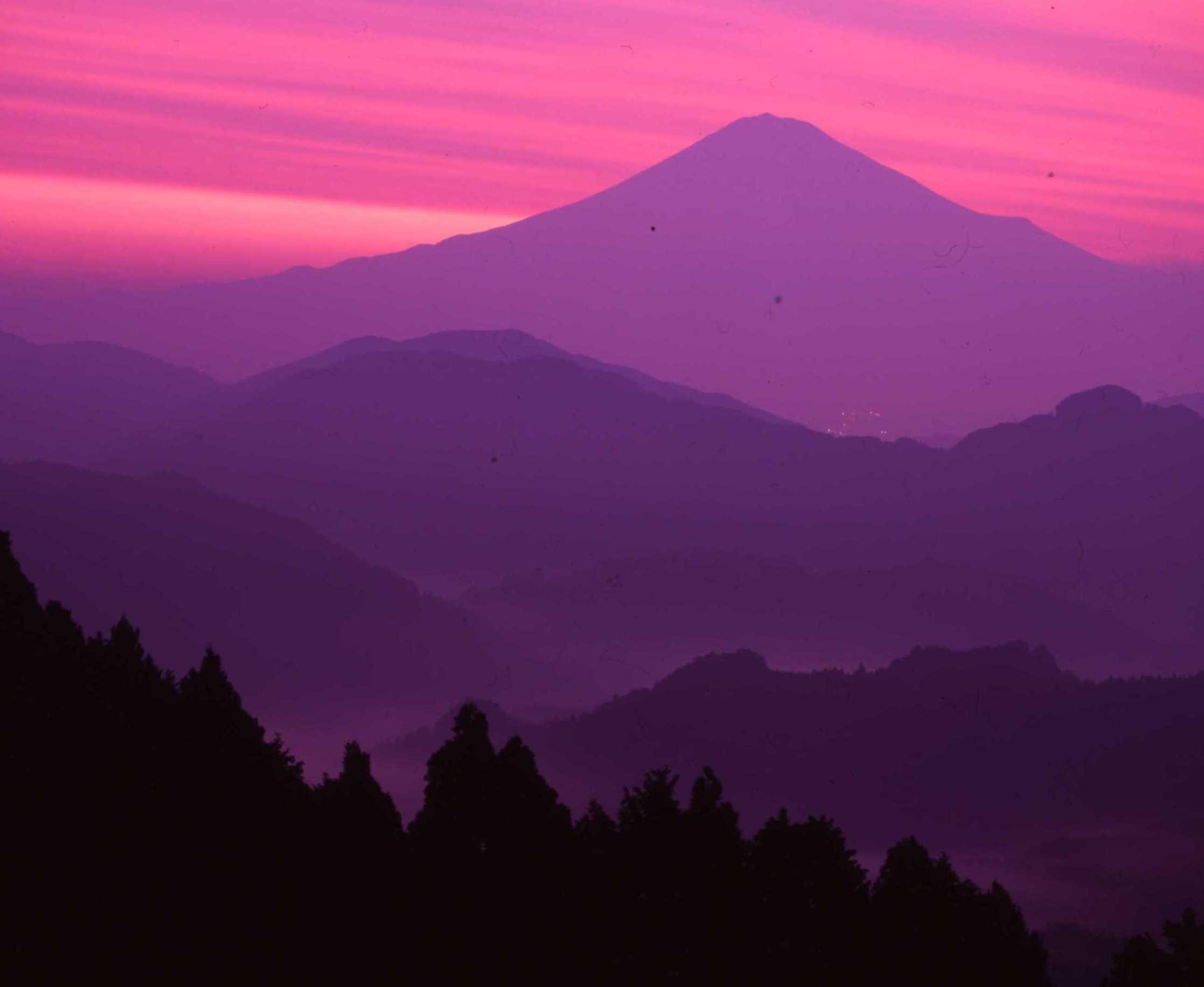 吉原山塊の夜明け