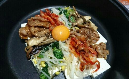 ビビンバのご飯を豆腐に置き換えて低糖質に!ホットプレートで石焼きビビンバ風♡【1人分糖質17.5g】