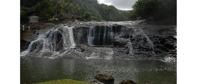タロフォフォの滝 12457