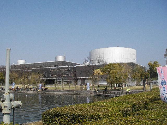 国立民族学博物館外観20180311