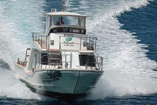 待ち船-c DSC09551
