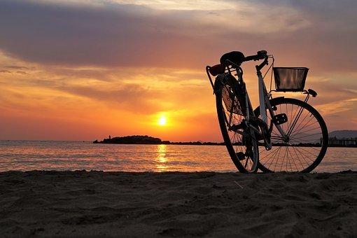 bike-1700749__340.jpg