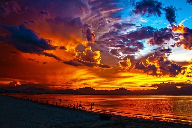 beach-164288_640.jpg