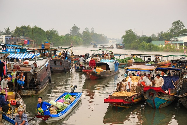 floating-market-3013639_640.jpg