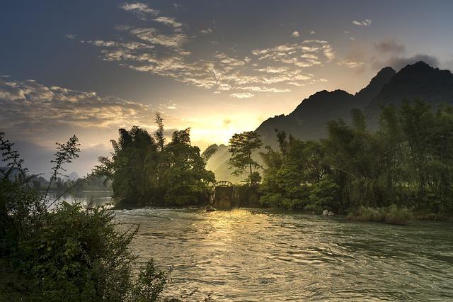rivers-3059562_640.jpg