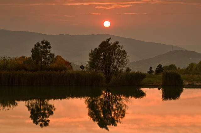 sunset-2865949_640.jpg