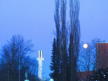 満月と時計塔