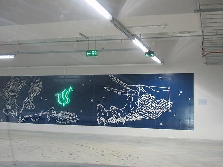 駐車場壁画1